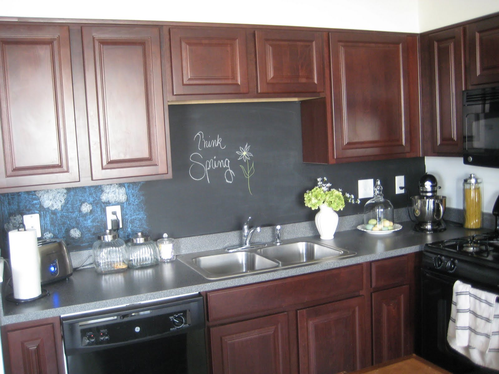 a comfy little place of my own chalkboard backsplash