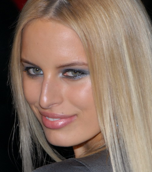 ... a photograph of me, but of the gorgeous supermodel, Karolina Kurkova.