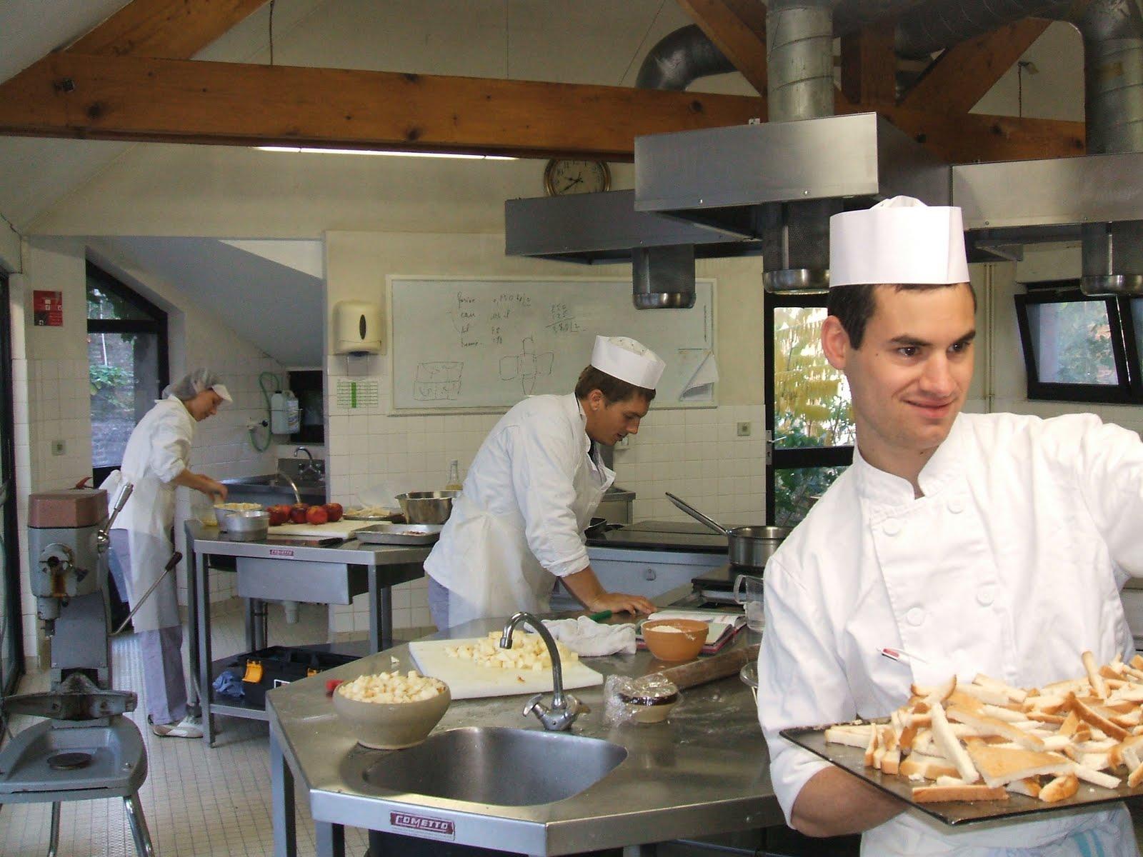 Cuisinier gestionnaire de collectivit for Cuisinier 2010