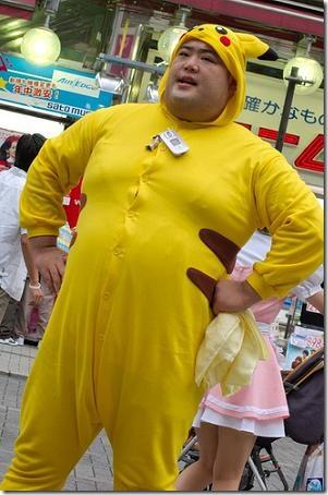 http://2.bp.blogspot.com/_Q8B72nbTfOo/TFHBNpnE5AI/AAAAAAAAA68/wfopU5XfTd0/s1600/pikachu_cosplay.jpg