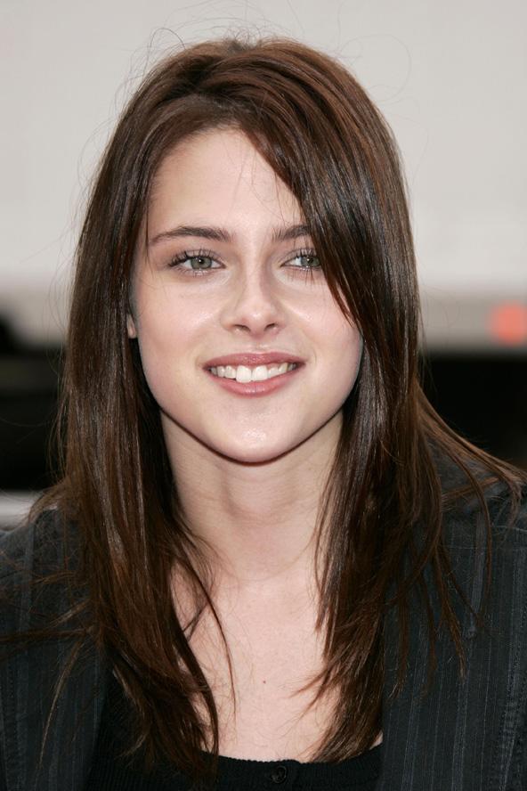 Baño De Color Rojo En Pelo Castano: La transformacion de Kristen Stewart y sus looks atravez de los años