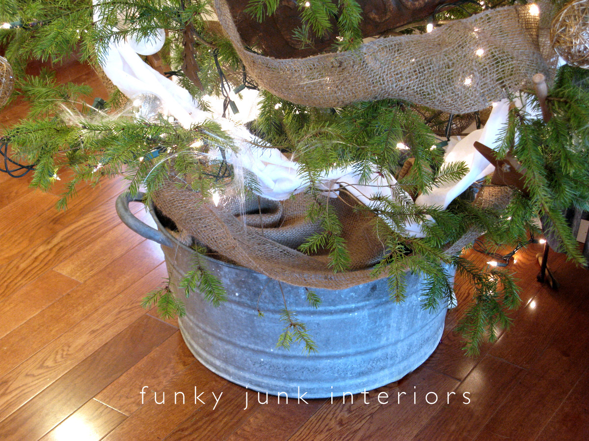 My Whoville Junk Memory Christmas treeFunky Junk Interiors