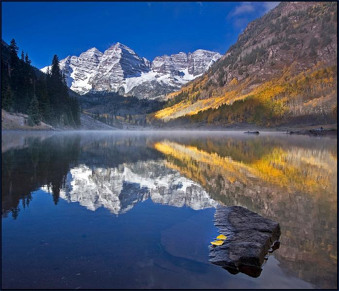 Rocky Mountains, USA - Signs of Fall