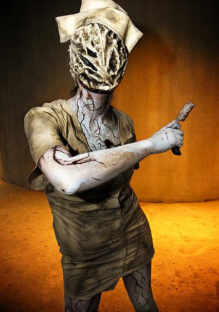 Top 5 Creepiest Costume Play - Silent Hill Nurse Cosplay