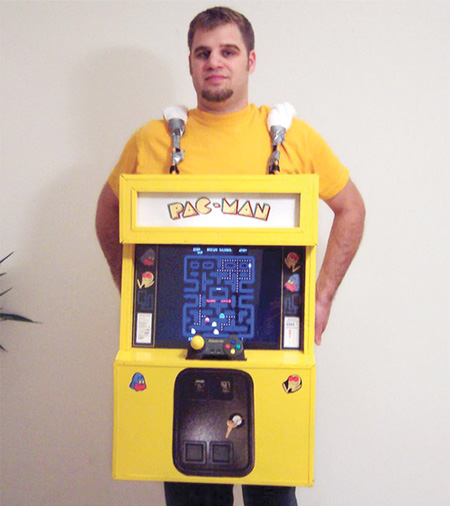 Top 5 Coolest Halloween Costumes - Pac-man Cosplay