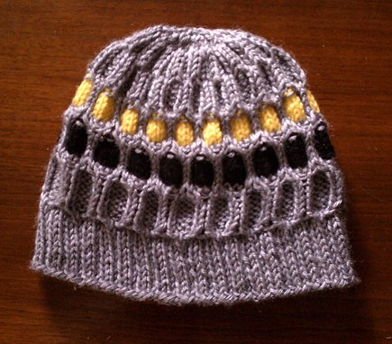 Breast Cancer Knitting Patterns : hermione j. schwartz: NFL Breast Cancer Awareness Knit Beanie **Free Pattern**