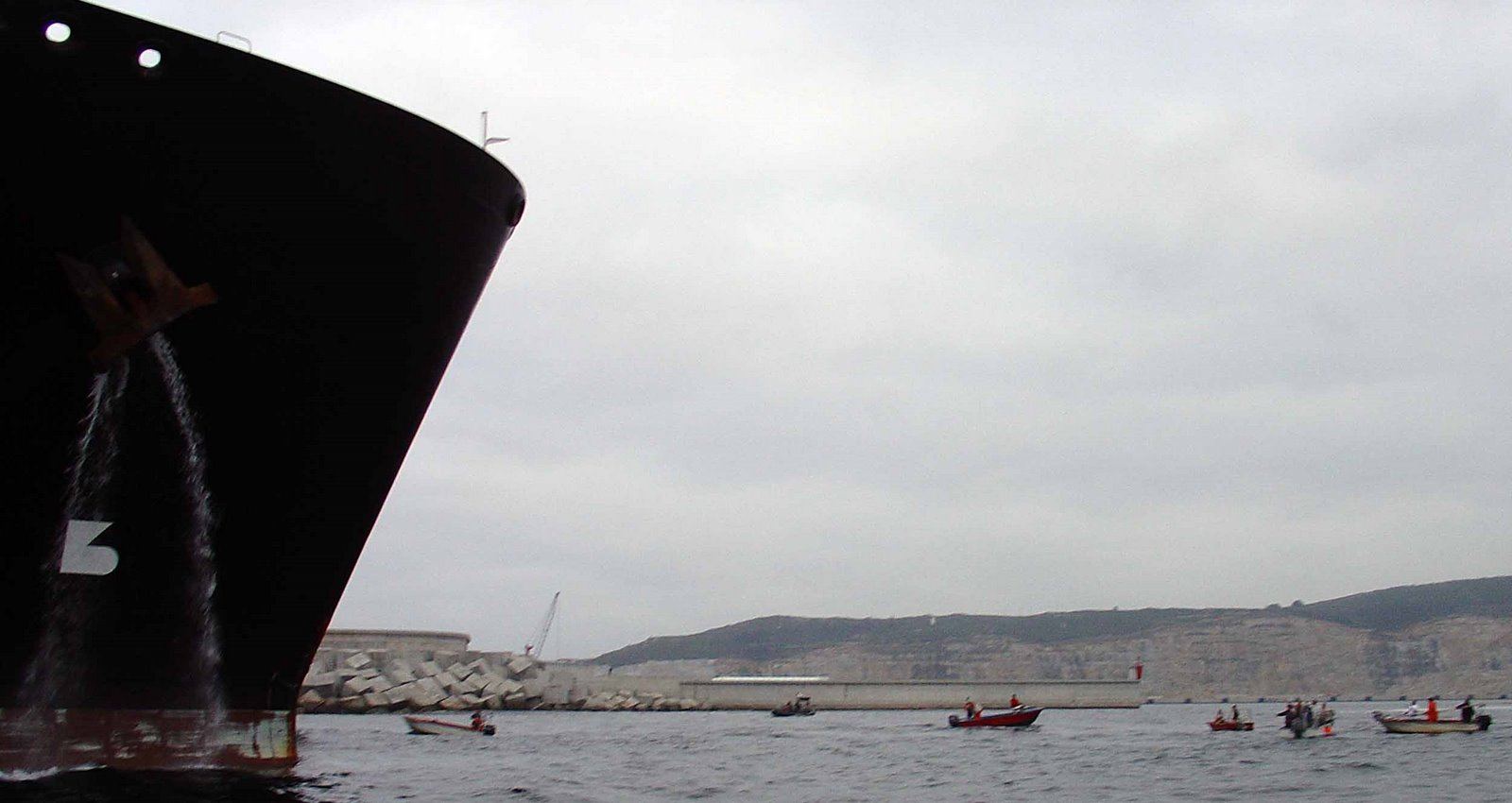 [015_Ferrol_Galicia_Spirit_REGANOSA_Perigo]