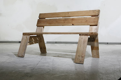 D o r s project pallet bench for Banc en bois de palette