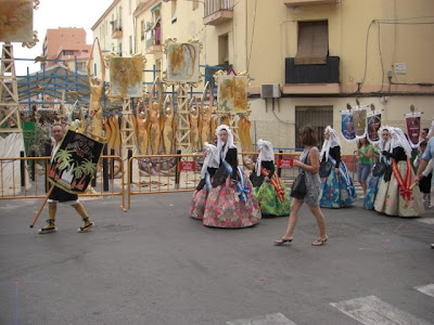 Desfile por los barrios