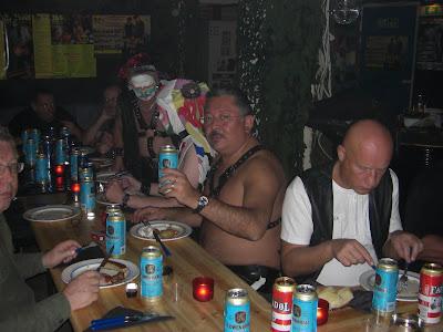La cena en el Club de Hombres de Cuero.