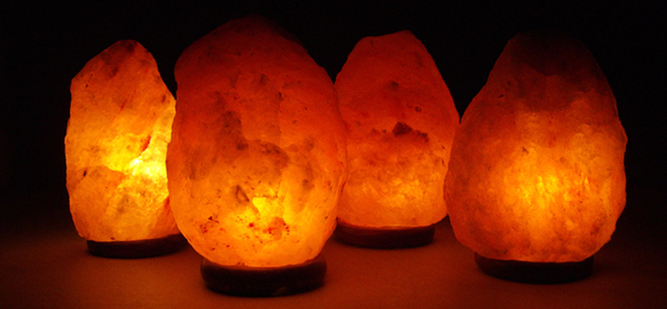 Can Salt Lamps Give You Headaches : Shady Lady: Himalayan Salt Lamp - beautiful and functional! {giveaway}