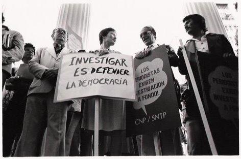 Los periodistas exigen... (198..)