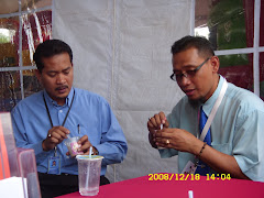 Pertandingan makan ice cream...
