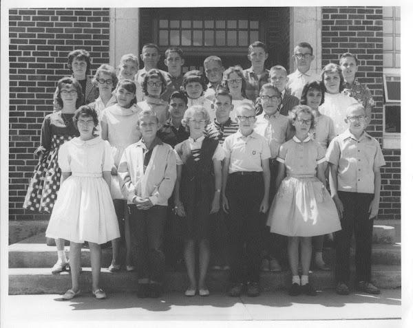 Sixth Grade Class, 1960-61