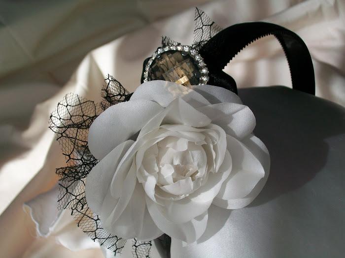 black&white(kamelya)