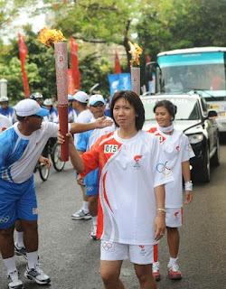 Susi Susanti badminton player indonesia