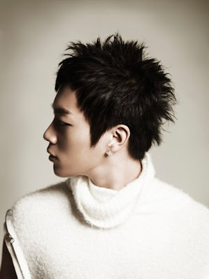 Yoon Doo Joon Photos and Pictures :