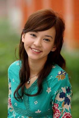 Ivy Yi-Han Chen Nude Photos 9