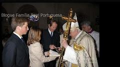 Oferta da escultura de Nossa Senhora do Rosário.