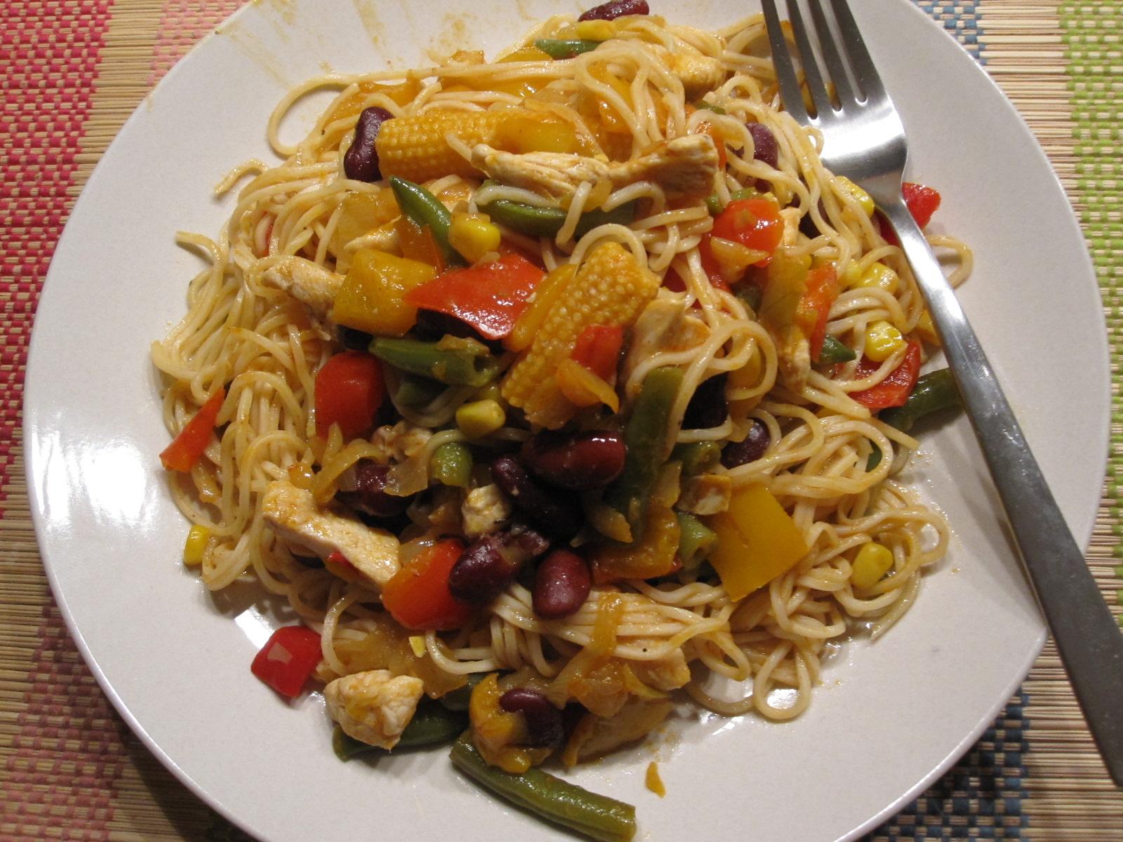 Makarna tarifleri firinda asya usulu makarna tarifi resimli yemek