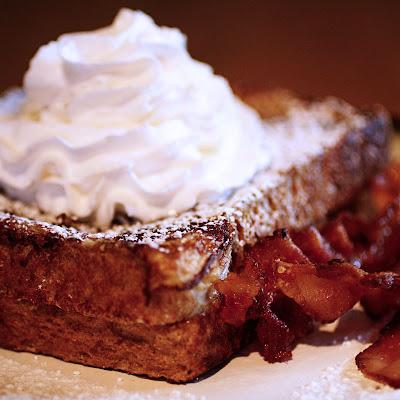found happy: Strawberry cheesecake stuffed french toast