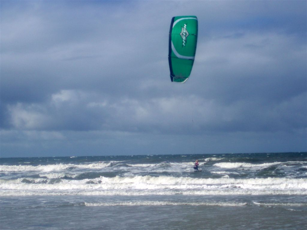 [germany+kite.jpg]