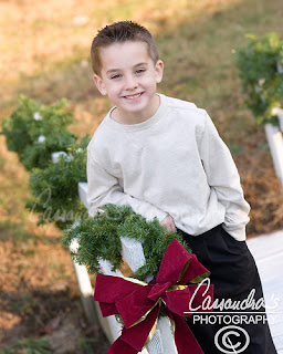 DLIA 507 Cassandras Photography In YOUR Backyard   Holiday Family Portraits