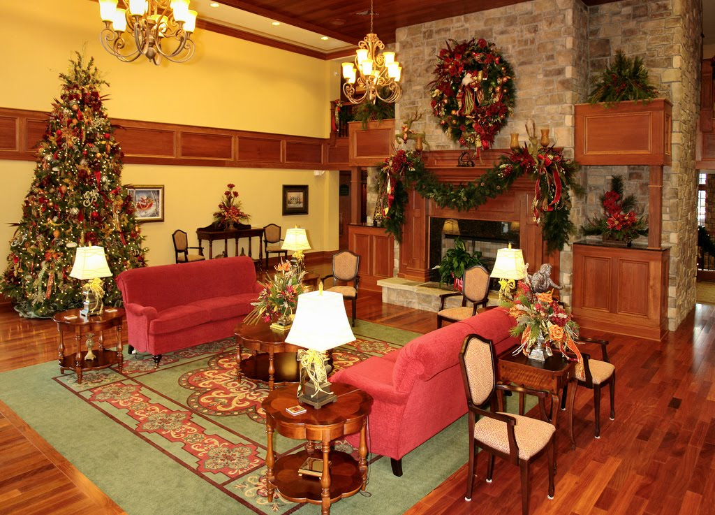 Christmas Decorations In Pigeon Forge Tn : The inn at christmas place rapping