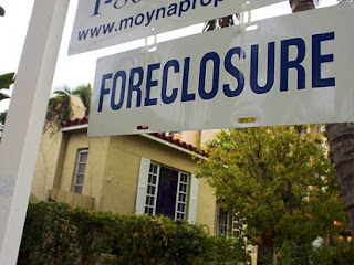 fannie and freddie suspend foreclosures