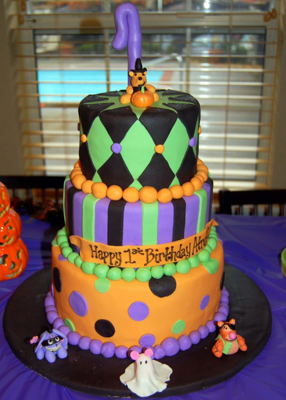 baby shower on pinterest halloween baby showers themed baby showers
