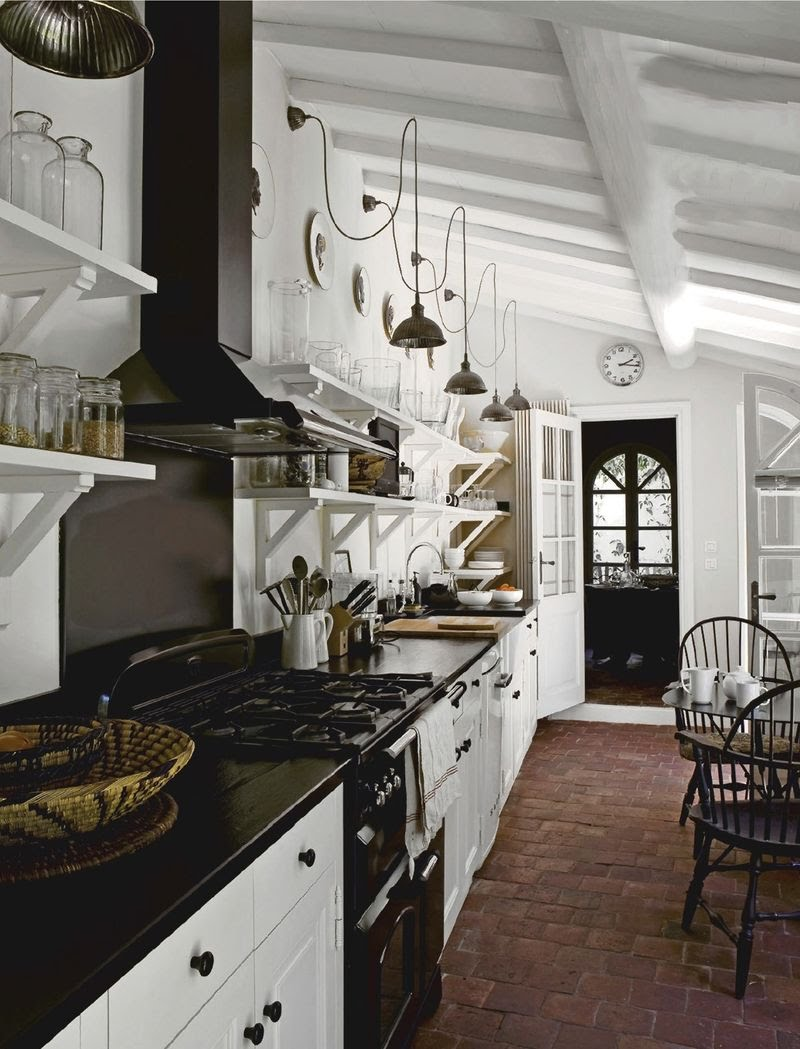 The new victorian ruralist kitchen lovers for Elle decoration france
