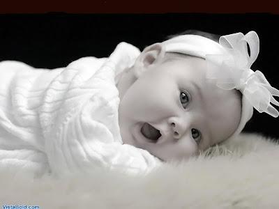 اطفال جعانه 2012 اطفال تبحث الاكل 2012 اطفال Very+Cute+Baby+Gape.