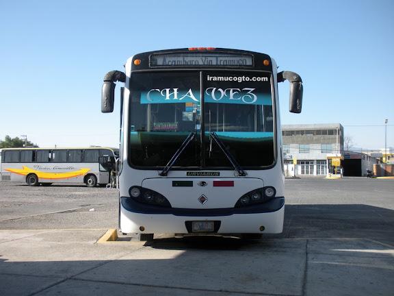 Camión pasajero de Acambaro a Irámuco