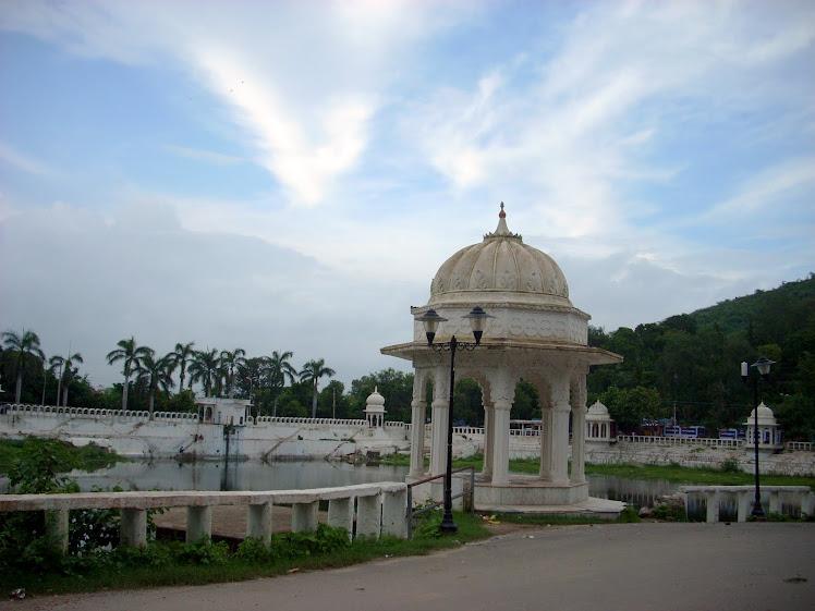 Pichhola Lake in Udaipur (Rajasthan)