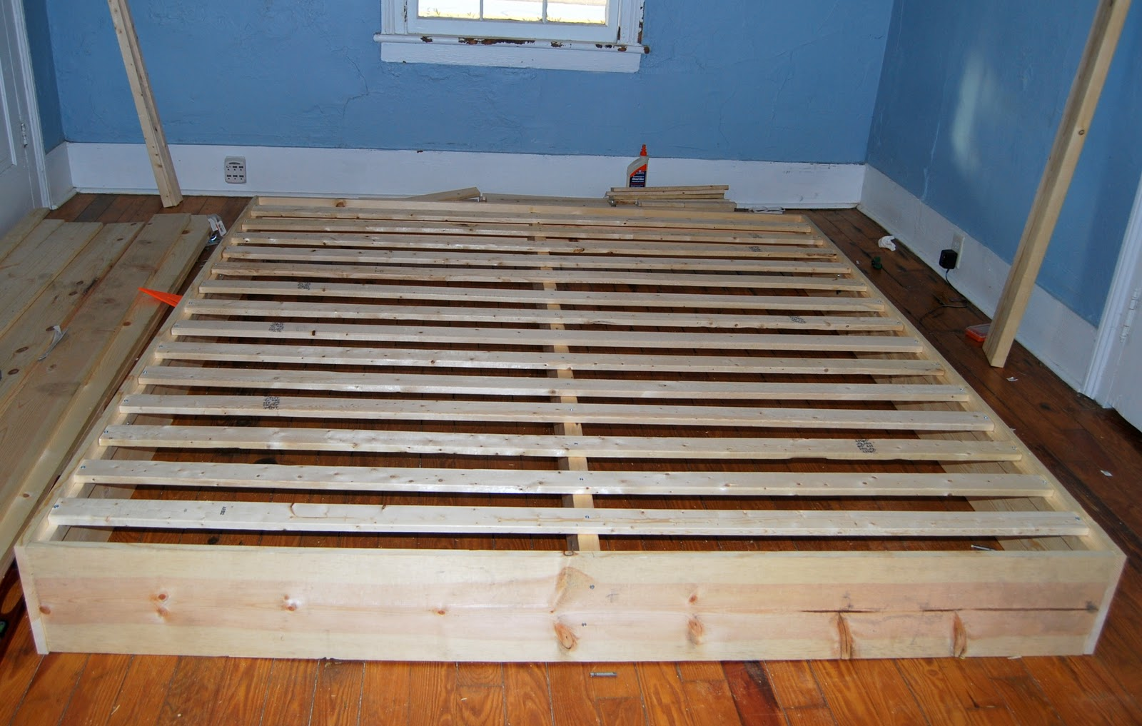 Permalink to building a platform bed with legs