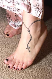 Women Foot Rosary Cross Tattoos Picture 1