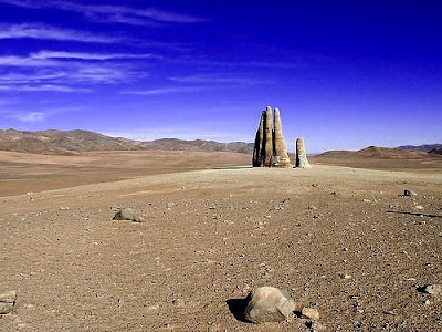 Giant hand in the desert indusladies