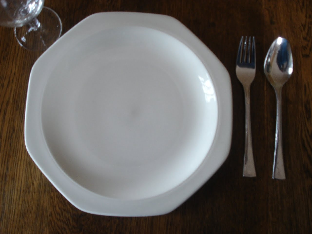 Singaporean Table Manners and Tableware & A Singaporean Uncle in Australia: Singaporean Table Manners and ...
