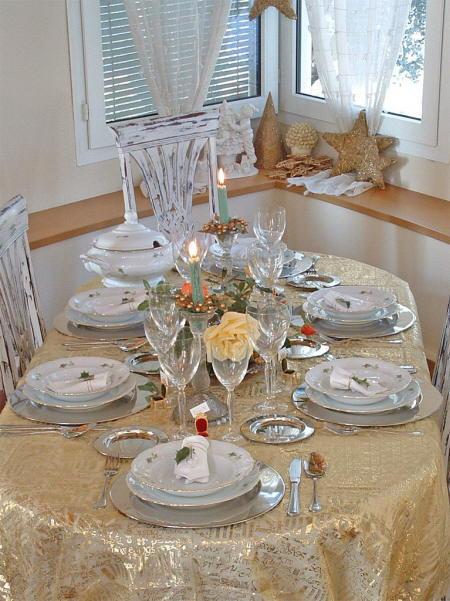 Navidad diferentes estilos para decorar tu mesa esta navidad for Decoracion navidena elegante