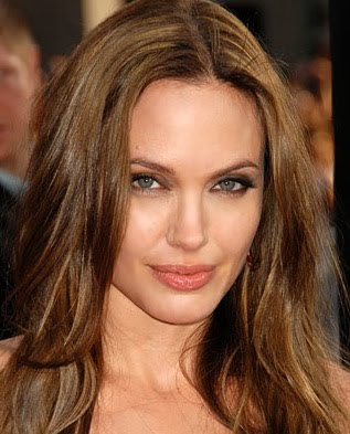 angelina jolie lip gloss. After spotting Angelina Jolie reapplying her lip gloss, Golden Globes