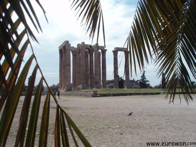 Ruinas del Templo de Zeus en Atenas