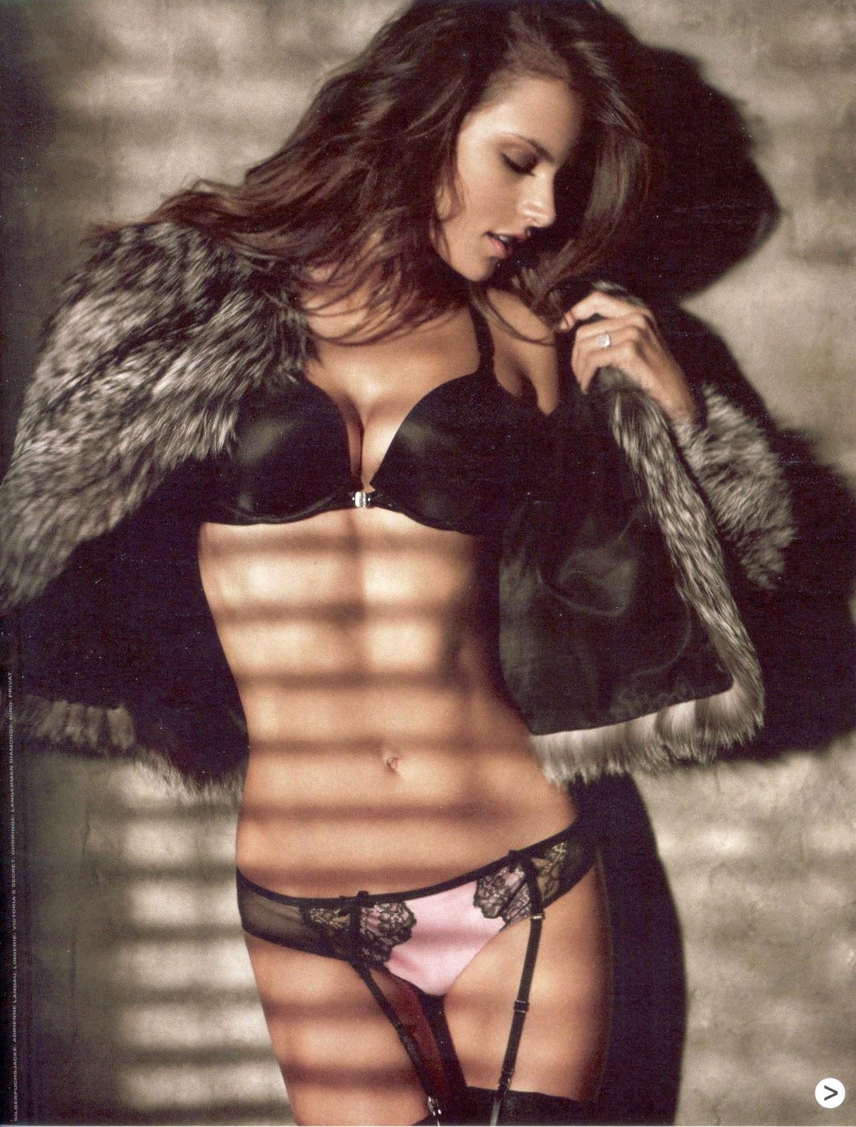 http://2.bp.blogspot.com/_QcYf_8sBCik/TTU9R13U8vI/AAAAAAAAIFM/ObXh9RZC_rw/s1600/Alessandra+Ambrosio+%25E2%2580%2593+GQ+Magazine+%25283%2529.jpg