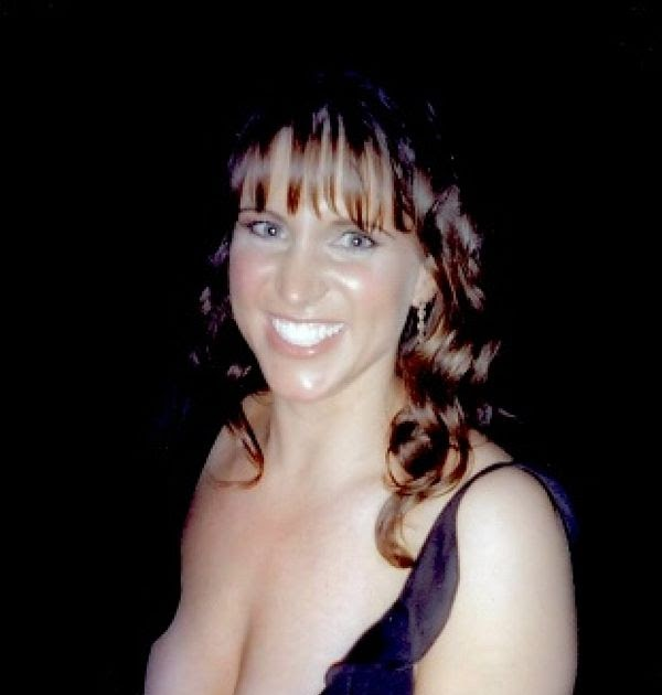 stephanie mcmahon cleavage nude