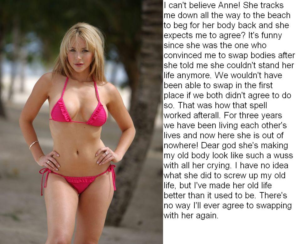 Butt jennifer love hewitt bikini