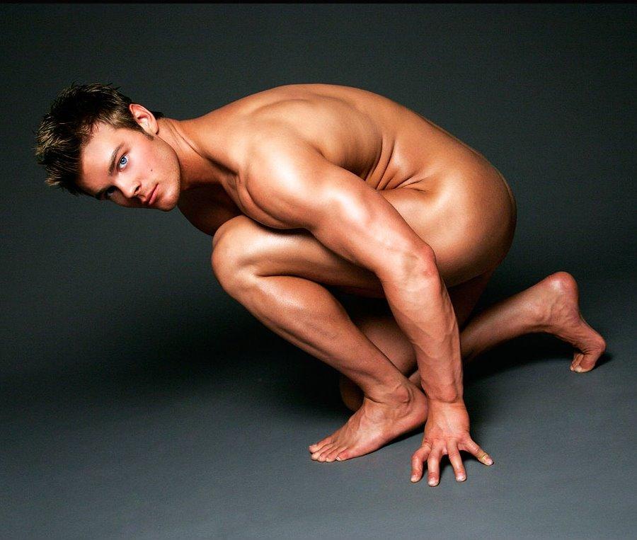 Desnudo Masculino En La Fotograf A