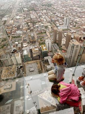 10 Tempat Tinggi Yang Mendebarkan