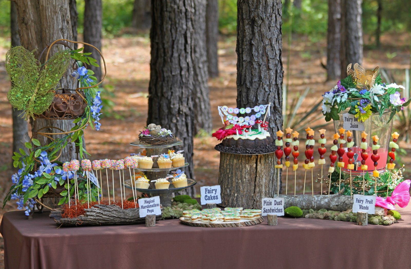 Woodland parties enchanted fairies food tables birthday for Food garden ideas