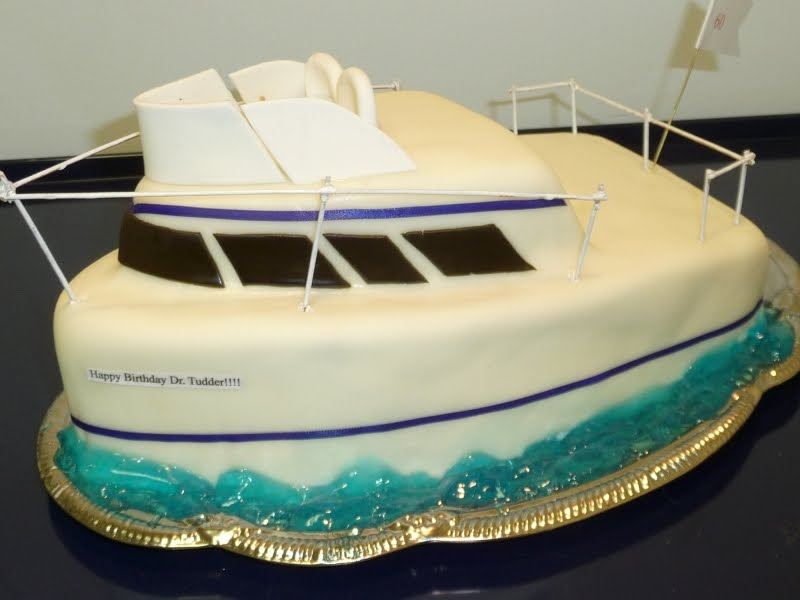 Cake Images Boat : Icing On Top -- Cakes for Every Occasion: Boat Birthday Cake