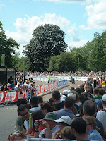 the crowds at the prologue of the Tour de France in Hyde Park - 06 June 2007