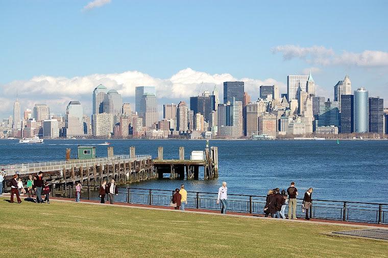Bajo Manhattan desde Liberty Island.